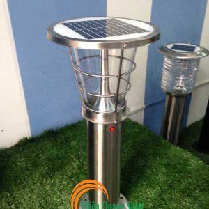 Đèn sân vườn năng lượng mặt trời TQS-013