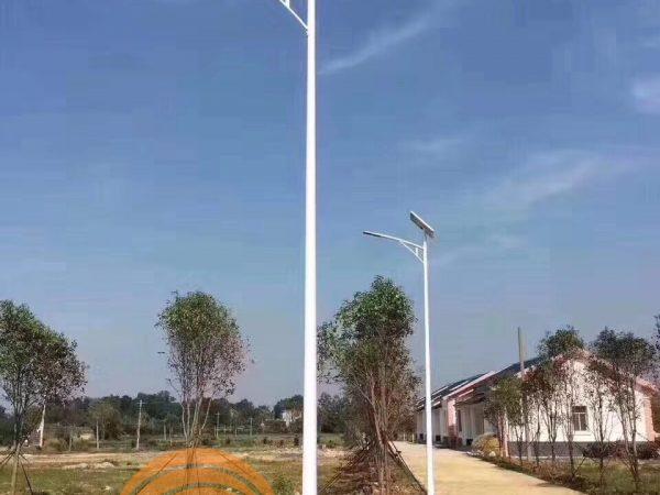 Đèn đường năng lượng mặt trời 80W
